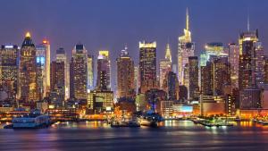 Imatge del sky line de Nova York de nit