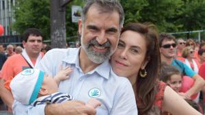 Jordi Cuixart al costat de la seva dona, Txell Bonet, en una imatge compartida a les xarxes