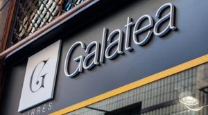 La Galatea de Reus es prepara per la Diada de Sant Jordi