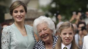 La reina Letizia junto a su abuela Menchu Álvarez del Valle y a su hija la infanta Sofía.