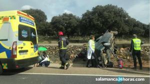 Las asistencias han acudido a tratar a los heridos en el accidente
