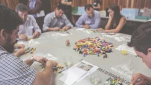 Les peces de Lego serveixen per resoldre alguns dels problemes que es plantejaran en la jornada.