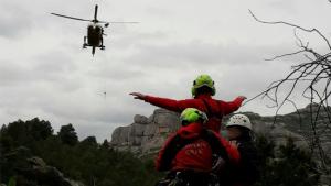 L'helicòpter va evacuar l'excursionista ferit fins al pàrquing de les Ermites