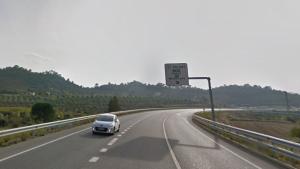 L'incident ha succeït a la carretera N-420, al seu pas per Falset