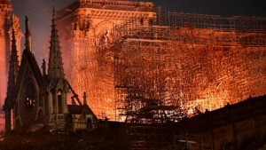 L'inesperat incendi de la catedral ha deixat impactada a tota la població