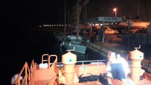 Salvamar Fomalhaut ha remolcat aquesta nit un veler amb tres tripulants fins al Nàutic de Tarragona.