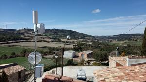 Sis pobles es beneficien de la nova antena per tenir cobertura de banda ampla.