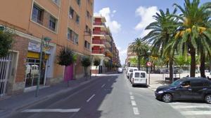 Una dona va ser atacada a punta de navalla al carrer Reial de Tarragona aquest dilluns a al nit.