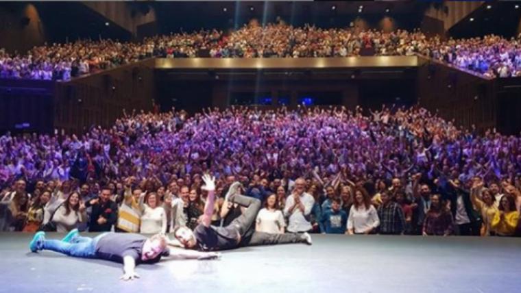 El 'Monaguillo' va està acompanyat de Danir Rovira durant el seu espectacle a Sevilla