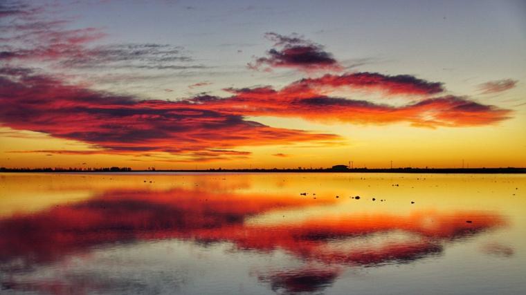 Sortida de sol divendres al Delta de l'Ebre