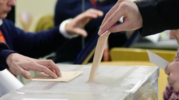 Les dades de les 14.00 hores han confirmat una participació històrica en aquestes eleccions