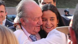 Abuelo y nieta están muy unidos