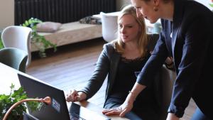 Cinco formas de aprovechar las nuevas tecnologías y comunicarse con el cliente.