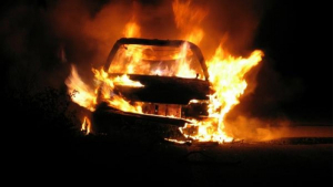 Cotxe cremant-se