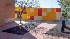 Diversos lladres van robar material informàtic de l'escola Joan XXIII de Bonavista, a Tarragona.