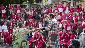 Dos pallassos feien esclatar de riure al públic infantil