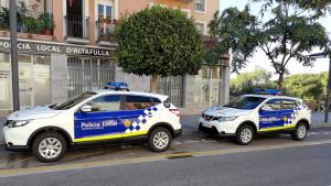 Dos vehicles de la Policia Local d'Altafulla, en una imatge d'arxiu.