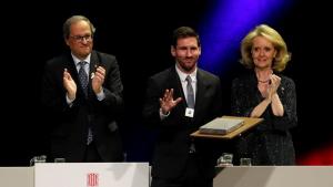 El futbolista va rebre ahir la Creu de Sant Jordi que concedeix la Generalitat de Catalunya