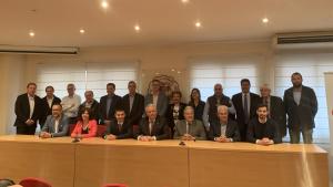 El nou equip de la Cambra de Comerç de Valls, amb el seu president al centre.