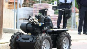 El nou fixatge de l'Ajuntamentde Sant Cugat és el robot Aquiles II