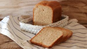 El pan de molde puede comerse tras caducar