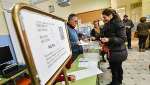 Eleccions 21-D: Matí de col·legis electorals plens a Reus