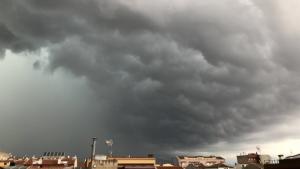 Els ruixats i les tempestes cauran a diverses comarques divendres