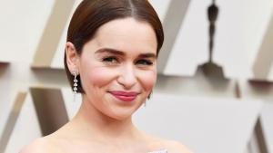 Emilia Clarke explica por qué rechazó el papel de '50 sombras de Grey'.