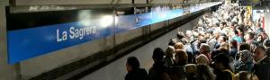 Estacions com La Sagrera o Sagrada Família han patit aglomeracions a les andanes