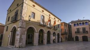 Fins a vuit candidatures lluitaran per obtenir representació entre les tretze butaques en joc a la plaça del Pou d'Altafulla.