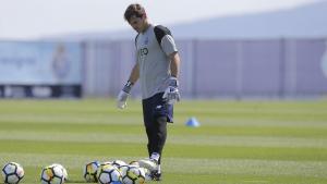 Íker Casillas en uno de los últimos entrenamientos del Oporto