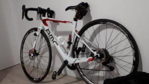 Imatge de la bicicleta professional robada després de la Gran Fondo la Mussara -Reus