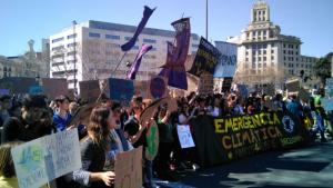 Imatge de la vaga estudiantil contra el canvi climàtic a Barcelona a mitjans de març