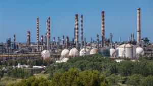 Imatge del complex químic de Repsol a Tarragona.