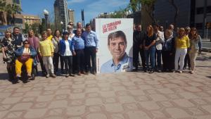 Junts per Tarragona ha presentat el seu cartell electoral a la rambla Lluís Companys de la ciutat, hores abans de la tradicional encartellada d'inici de campanya.