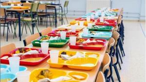 La alimentación de los comedores escolares, primer tema del programa