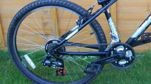 La bicicleta té un cost de 200€ però el lladre anava a vendre-la per 75€
