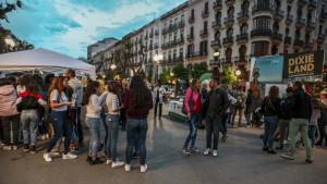 La jornada nocturna de compres va tenir lloc entre les 19.00 hores i les 24.00 hores.
