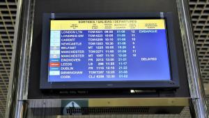 La pantalla de sortides d'un diamrts a l'Aeroport de Reus