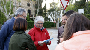 La plataforma de veïns Salvem els Plataners de la Rambleta recull 900 signatures