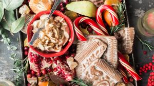 Las comidas de Navidad suelen ser mucho más copiosas, por lo que engordar resulta bastante sencillo.