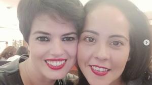 Laura y Ángela esperan mellizos