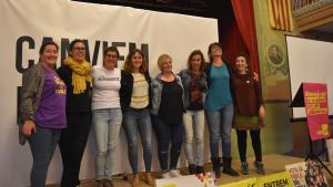 Les dones caps de llista de la CUP, en un acte a Valls.