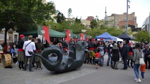 Les parades de la Fira Modernista a la Plaça del Progrés
