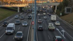 Llargues cues a l'A-2 per un accident en sentit Girona