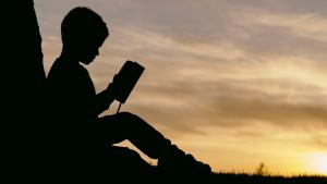 Meditación guiada para niños: 8 beneficios de meditar desde pequeños