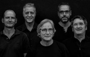 Medusa proposa un concert on es desgranen temes de Piskerra, el Gos Verd, Kandi i els que són, Txaro i Kandi, i UCCAT