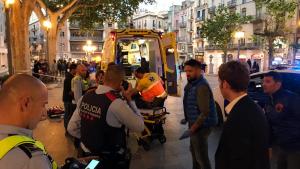 Mor l'home que ha rebut una ganivetada al coll a la Rambla de Figueres