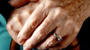 «No sé cuánto me quedará, pero debo acostumbrarme a esta soledad» declara la anciana