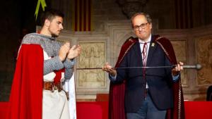 Quim Torra ha rebut aquest diumenge l'Espasa d'Honor de l'Associació Medieval.